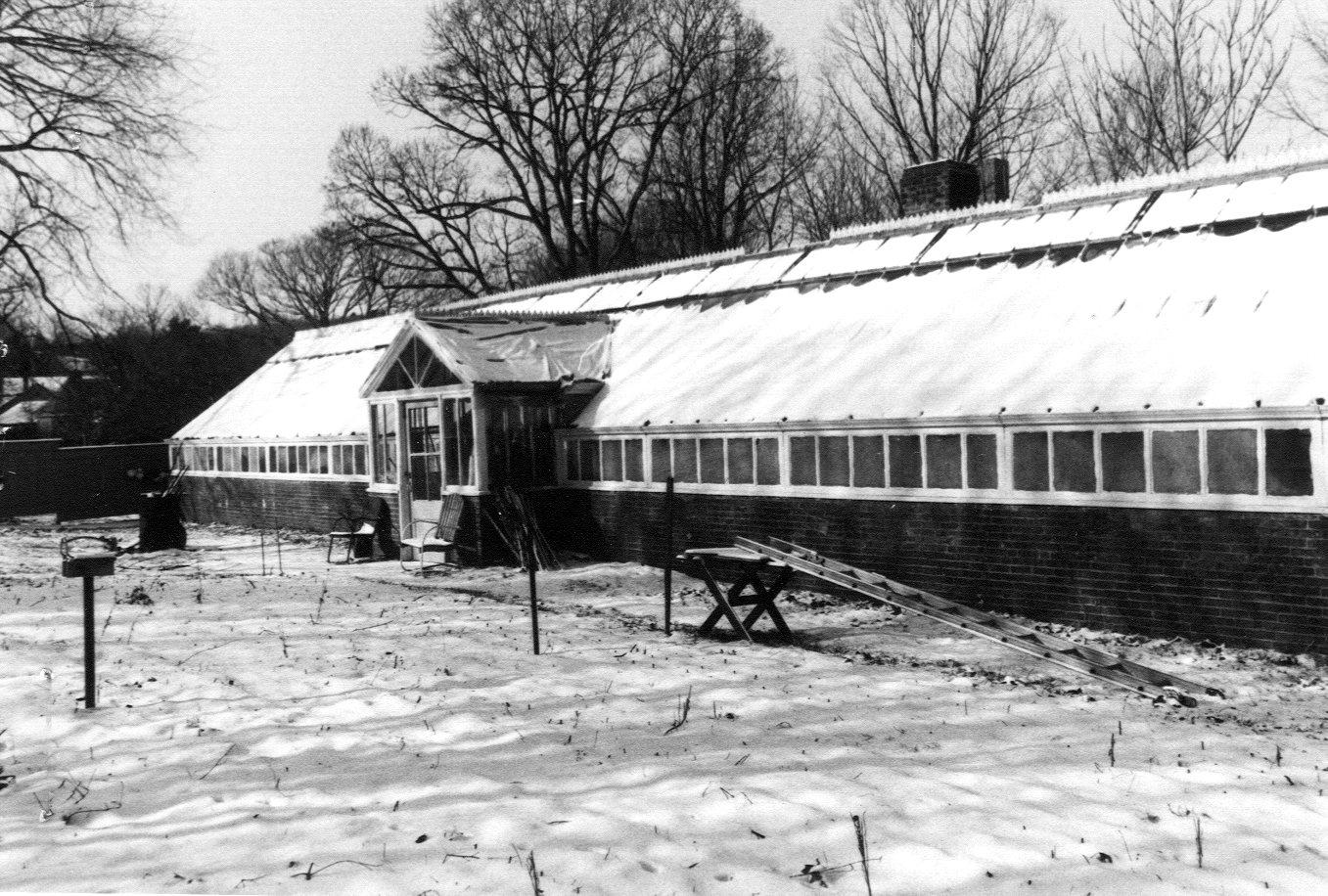 Underwood Greenhouses BLM 65