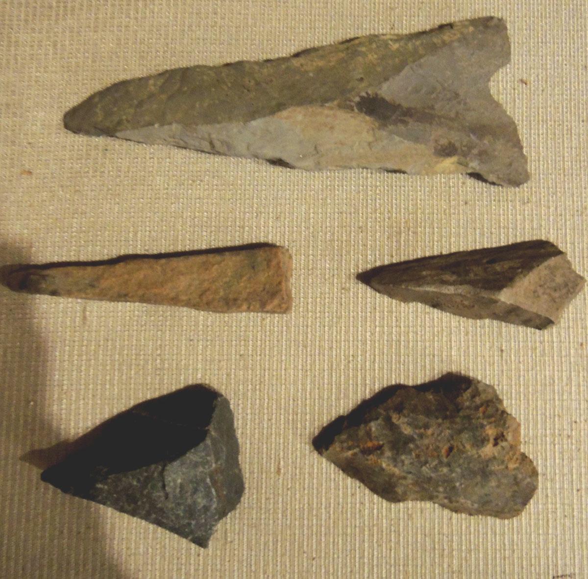 Pequossett Indian arrowheads found in Belmont
